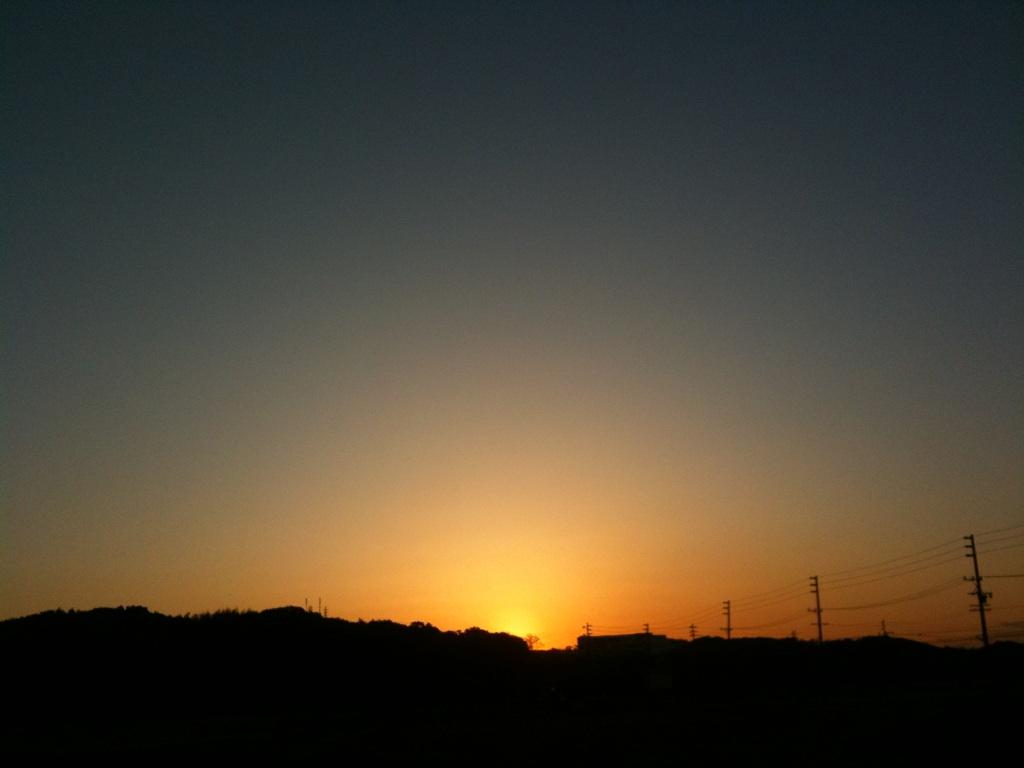 【スローライフ】朝焼けは今日も